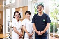 福井院長のほか、午前中は主に平塚医師、小泉医師が診察。妊婦健診、子宮・卵巣のエコー検査を行っている